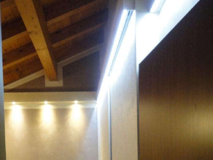 Nuova costruzione cabinarmadio mantova mastrelli for Arredamenti cremona