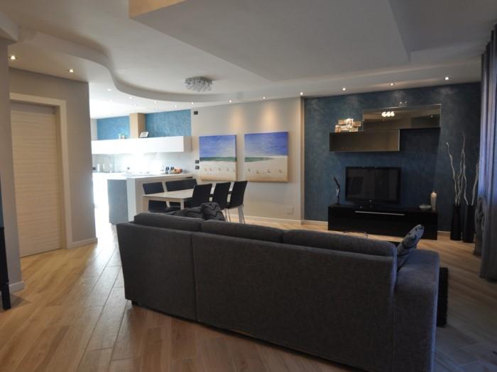 Ristrutturazione living con cucina e salotto brescia for Arredamenti cremona